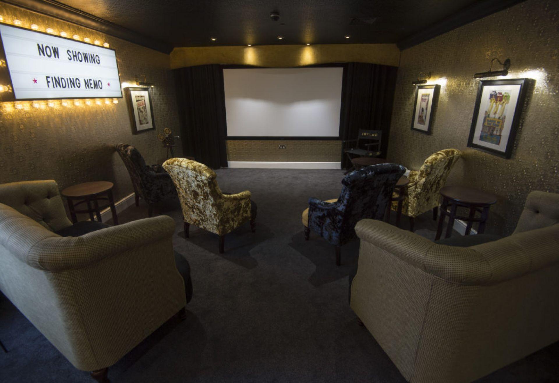 Baycroft-Orpington-cinema-1050x720.jpg